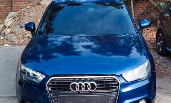 PDI detuvo a dos sujetos que circulaban en auto robado