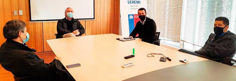 Seremi MOP recibe a nuevos alcaldes electos para abordar desafíos comunales en infraestructura