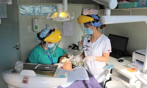 Servicio Dental del Hospital San Fernando incorpora 3 modernas unidades dentales