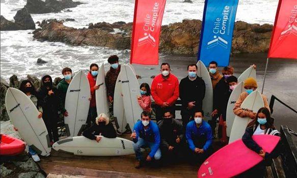 Surfistas de Pichilemu reciben nueva implementación