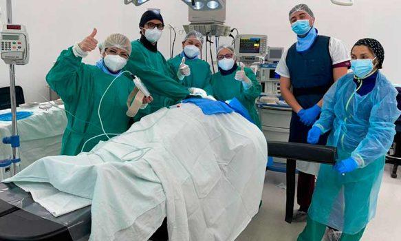 Hospital Santa Cruz realiza primer implante de marcapaso temporal