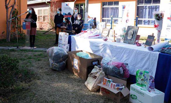 Más de 10 mil unidades entre útiles de aseo y ropa irán en apoyo de pacientes vulnerables