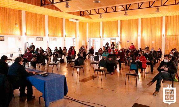 Alcalde de Las Cabras y representantes de la educación evaluaron posible retorno a clases presenciales