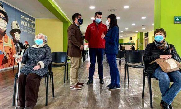 """Alcalde de Rancagua y dosis de refuerzo: """"Nuestros equipos están a disposición para continuar con el proceso"""""""