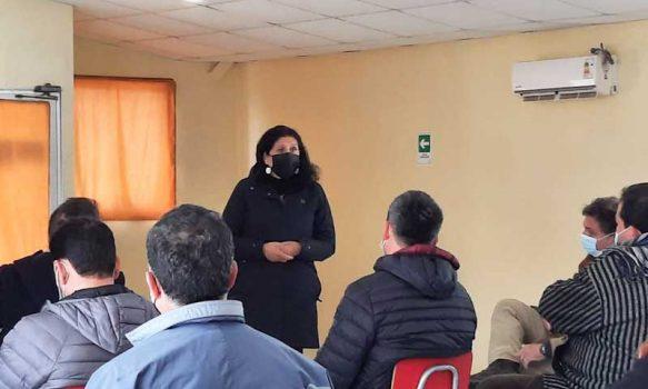 Alcaldesa de Palmilla preside reunión con concesionaria de embalse Convento Viejo