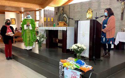 """Comunidad de Parroquia Sagrada Familia se suma a """"La magia de ayudar"""""""