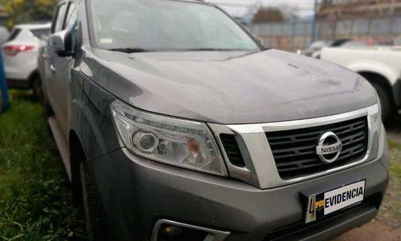 Detectives recuperan camioneta robada en Santiago que fue vendida por redes sociales