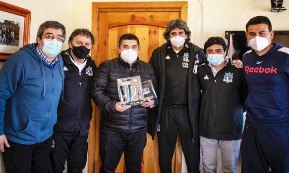 Ex jugadores de Colo-Colo efectúan importante reunión con alcalde de Las Cabras
