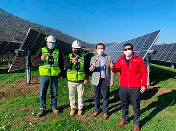 Inauguran parques solares fotovoltaicos en Chimbarongo y San Vicente