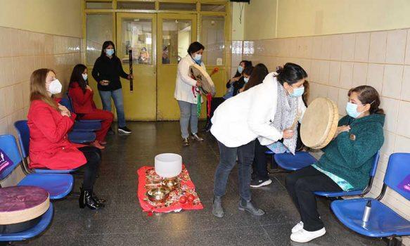 Medicinas Complementarias del Servicio de Salud realizó sesión de sonoterapia en Hospital San Fernando