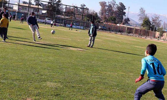 Mostazal reabre las puertas de su estadio municipal