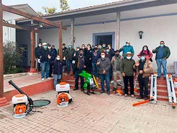 Productores de O'Higgins mejoran labores agrícolas con maquinarias y otras inversiones