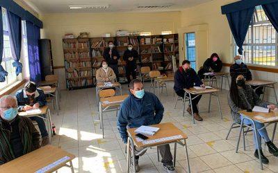Senda previene Santa Cruz junto a PDI realizan capacitación de la ley 20.000 en escuela La Granja