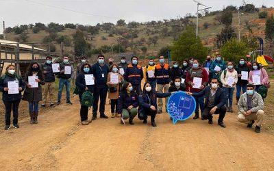 Vecinos del programa Pequeñas Localidades de Pailimo participan en capacitación de respuesta ante emergencia