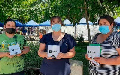 700 mujeres feriantes recibieron dispositivo para pagar de manera electrónica