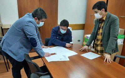 Alcalde de Las Cabras gestiona avances de cambio de uso de suelo para comité de vivienda Los Cipreses