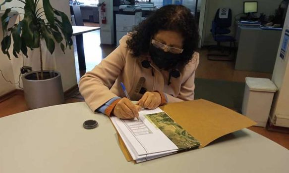 Alcaldesa de Palmilla firma importante convenio con EFE