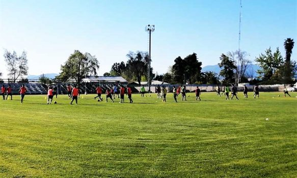 Autoridades planean remodelar estadio municipal de Chépica