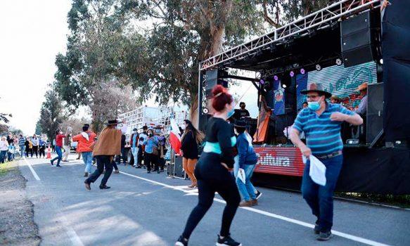Con Fonda Móvil municipio de Las Cabras recorrió todos los rincones de la comuna
