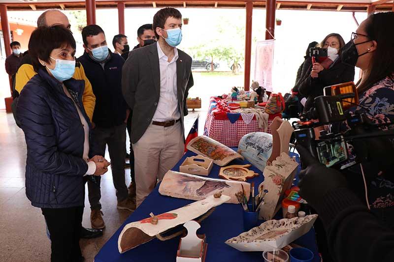 En Olivar fonda Fosis reúne a más de 150 emprendedores de productos típicos chilenos en estas Fiestas Patria
