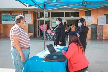 Hospital Regional Rancagua entrega orientaciones a la comunidad en torno a herramientas que optimizan su atención