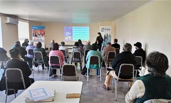 Salud Machalí capacitó a líderes Adultos Mayores en medidas preventivas contra el COVID-19 para reunirse de manera presencial