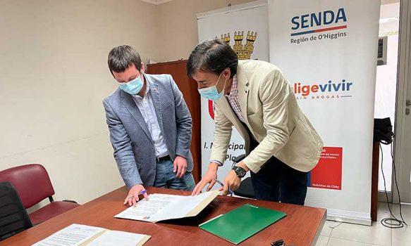 Senda O'Higgins firma acuerdo de colaboración con Municipio de Placilla
